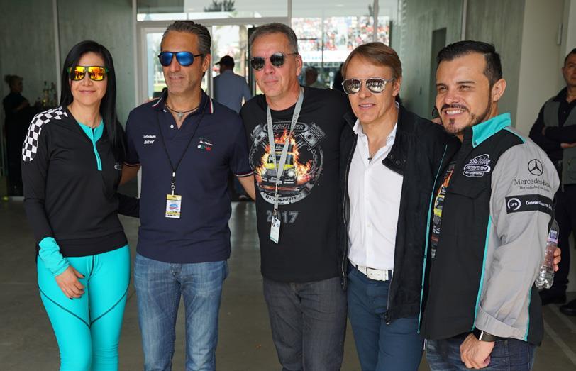 Jasmin Sánchez, Carlos Slim, Stefan Kürschner, Adrián Fernández y Luis Vega.