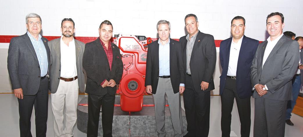 Jorge Tello, Armando González Burgos, Alfredo Martos, Tony Satterthwaite, Alberto Rodríguez, Aarón Borunda y Gaspar Aguilar.