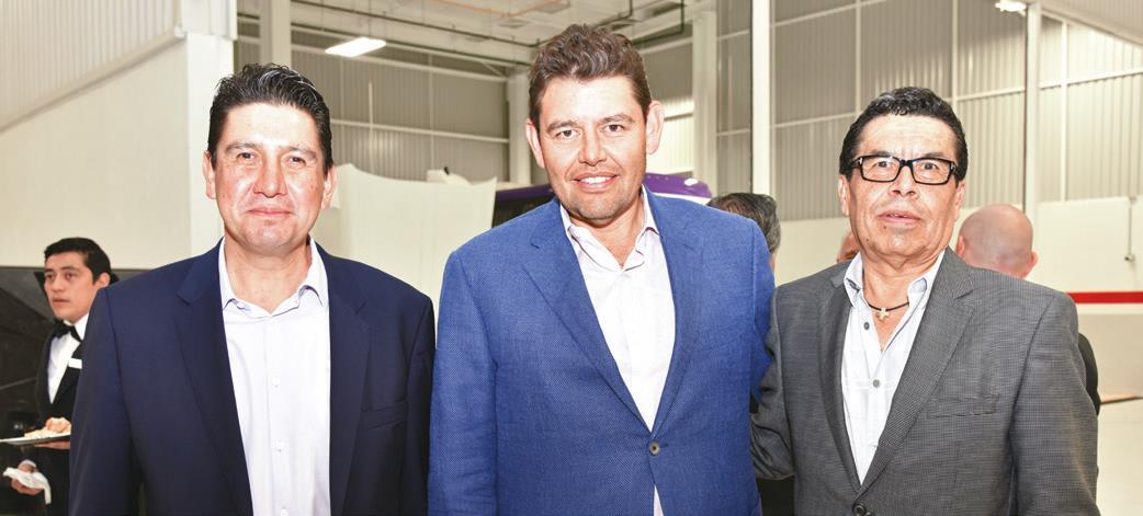 Omar Hernández, Noé Paredes y Salvador Hernández.