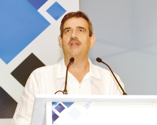 Alex Theissen, Presidente de la ANTP.